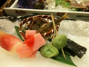 磯部館 夕食~鮎のお刺身と何かw~