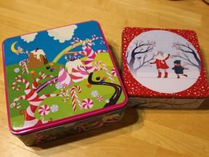 左:お菓子の国のバスタイム 右:雪んこバスタイム